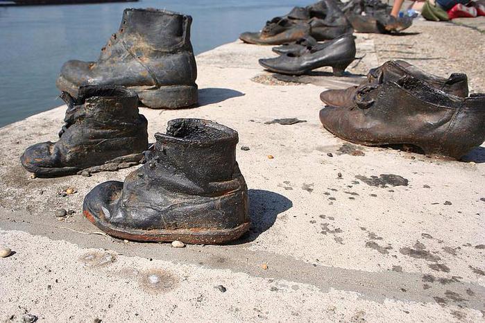 Евреи и обувь